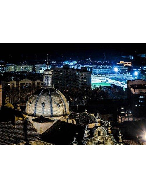 Cupula iglesia nocturna